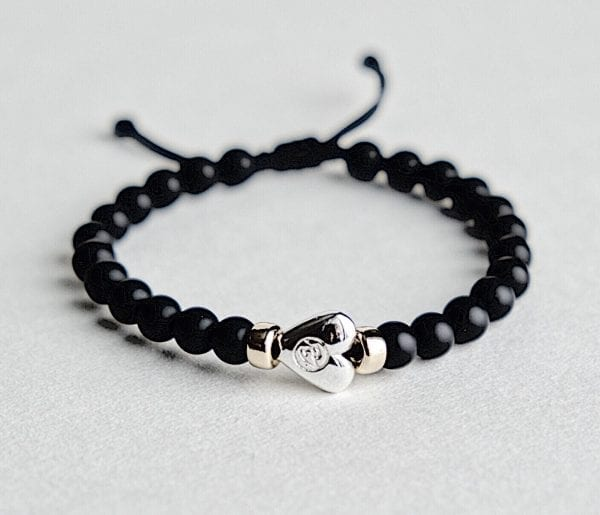 Onyx bracelet with a 925 sterling silver heart