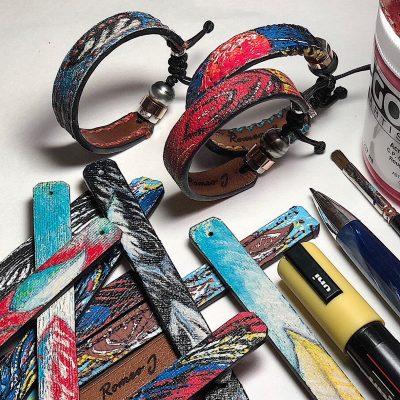 Bracelet peints à la main avec surpiqûres