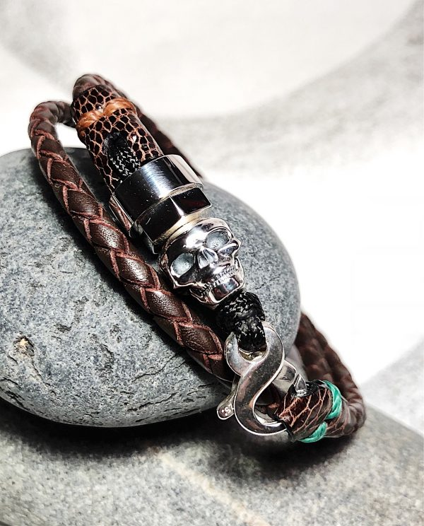 Double turn brown leather bracelet with sterling silver skull