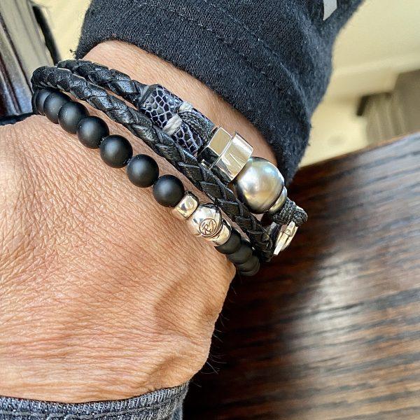 Bracelet double tour avec perle de Tahiti en combo avec bracelet en onyx