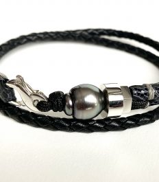Double turn braided bracelet with Tahitian pearl